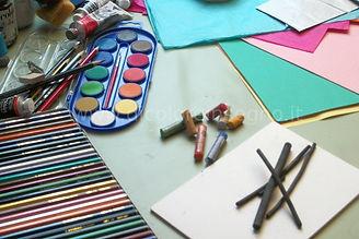 espressione creativa materiali artistici