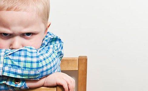 Como ensinar os filhos a lidarem com a frustração