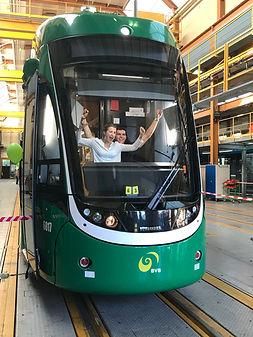 Foto im Führerhaus vom FLEXITY Basel Tram