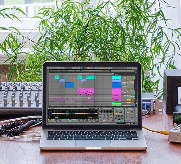 ableton desk.jpg