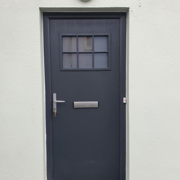 Pearse Door in Anthracite RAL7016