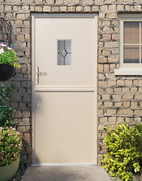 T15-Stabledoor-Set23-4k.jpg