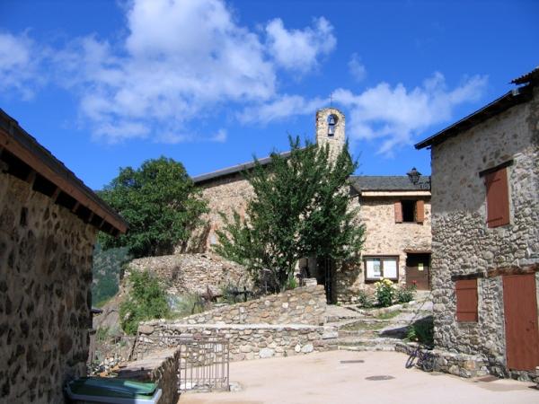 Eglise  de Mantet (XIè siècle)
