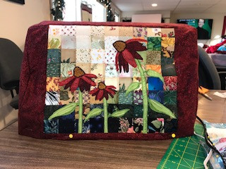 Bev made this sewing machine cover.
