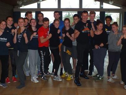 Boxing-Workout bei Teambuilding-Weekend von Enactus Goethe-Universität Frankfurt Team am 06.12.2014