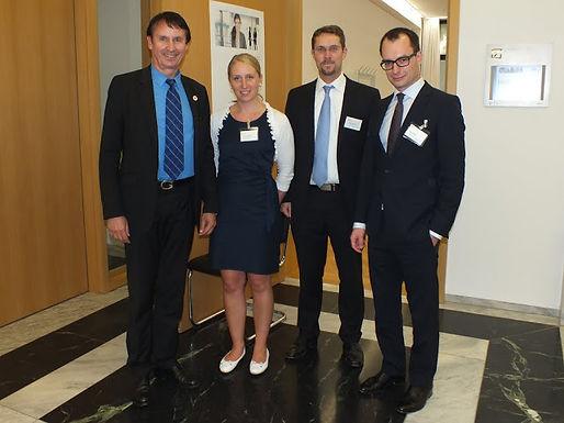 GFA-Premium-Partner UBS Deutschland AG mit Fachvortrag im HoF am 24.05.2012