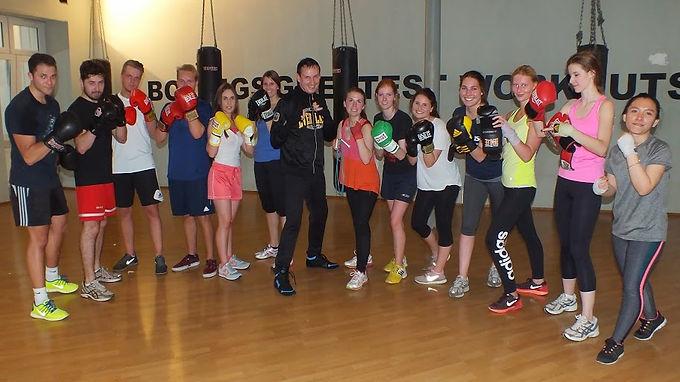 Teambuilding-Boxing-Event von Enactus Universität Frankfurt Team am 14.04.2015 im EBC Frankfurt