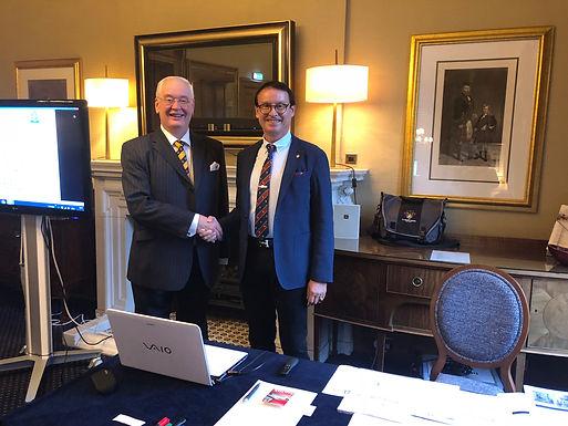 Dr. Trummer gives leadership lecture in Edinburgh, September 2018