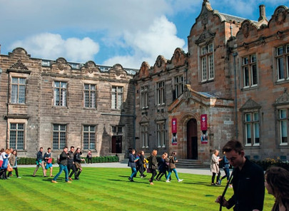 Dr. Trummer gives leadership key speech and lecture at Abertay University and St Andrews University