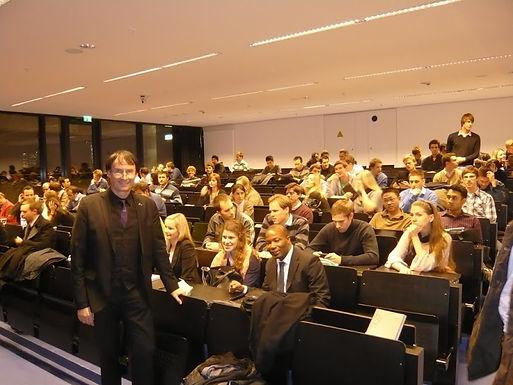 J.P. Morgan hält Capital Markets Lecture bei GFA am 18.11.2010