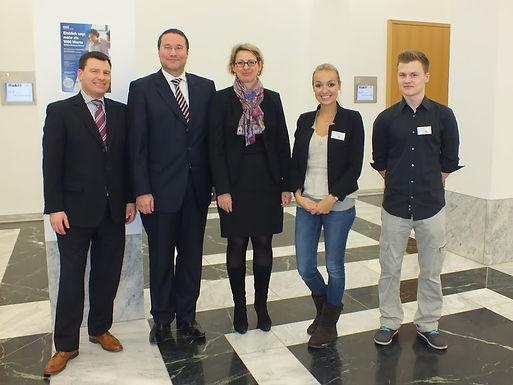 KPMG AG Wirtschaftsprüfungsgesellschaft mit Company Presentation im House of Finance am 31.01.2013