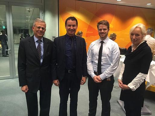 Dr. Trummer am 18.11.2014 in den Board von Enactus Germany gewählt
