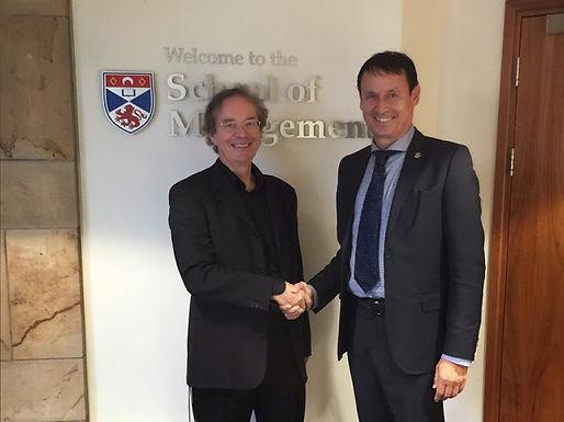 Dr. Trummer hält Vorlesung an der University of St Andrews am 15.10.2014