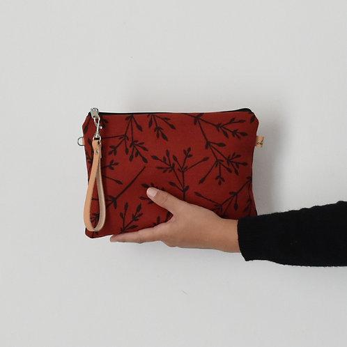 CHENZIA Pochette grande in tessuto rosso stampato a mano - BACCHE