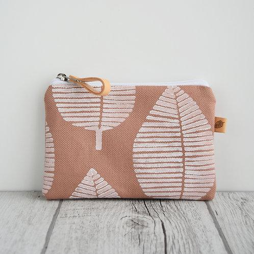 Pochette media Maranta -  in tessuto rosa antico stampato a mano - FOGLIA