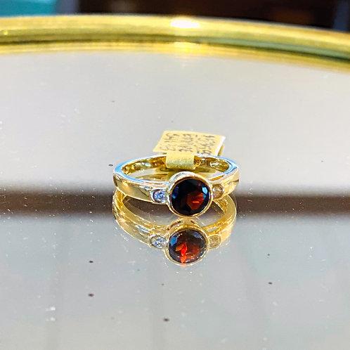EMPIRE Garnet Bezel Ring