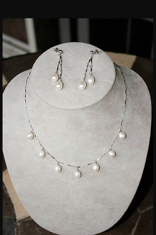 Freshwater Pearl Necklace and Earring Set