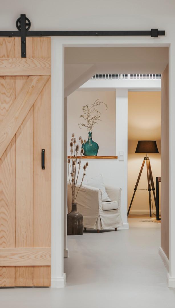 Studio_Interior-36.jpg