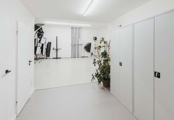 Studio_Interior-11.jpg