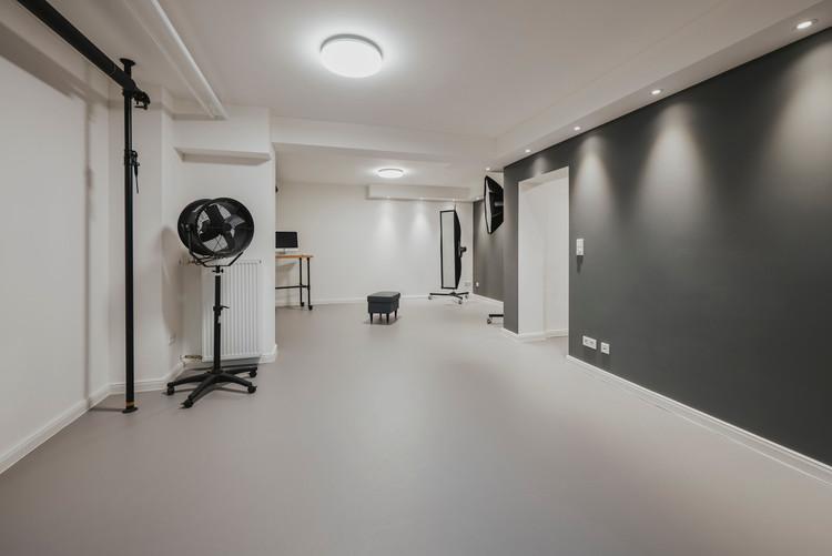 Studio_Interior-47.jpg