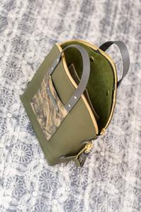 Rucksacktasche - dunkelgrünRucksacktasche - grün/gold