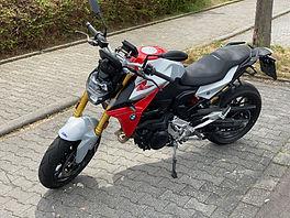 BMW_F_900.jpg