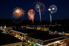 bob-mcclenahan-photography-wine-napa-sonoma-fireworks.jpg