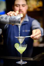 bob-mcclenahan-photography-wine-napa-sonoma-charlie-palmer-bartender.jpg