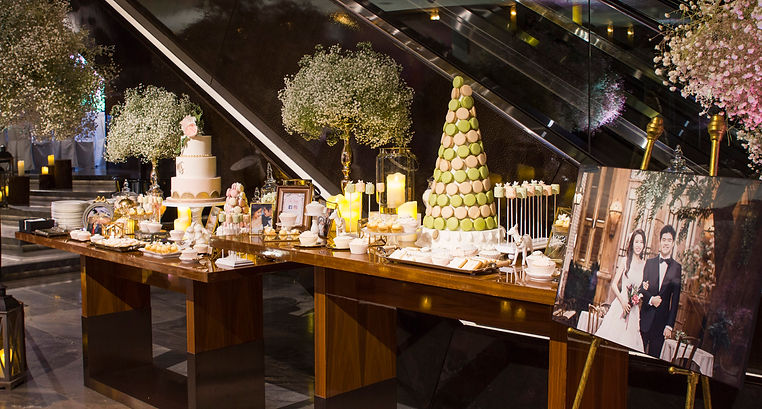 Ritz Carlton Wedding, desset table, candy corner