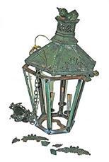 lanternbroken.jpg