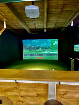 Mully's Trackman Golf Simulator
