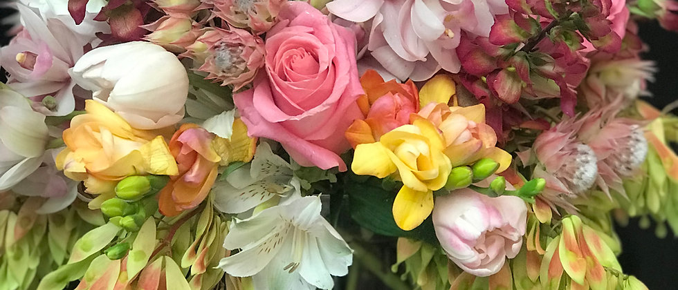 Floral Arrangement 18