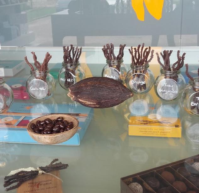 ぶどうの樹に似たチョコレート