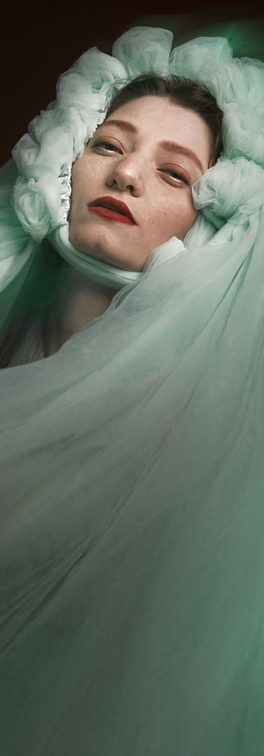 ritratto beauty magazine editoriale di ragazza milano federica nardese fotografo fotoritratto