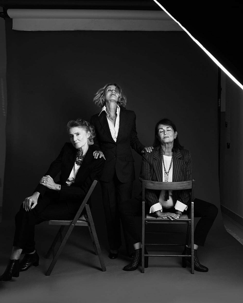 magnifiche perennial, isabella, marilli e paola: fotografate da federica nardese in una sessione di ritratto posato in studio a milano, 2020