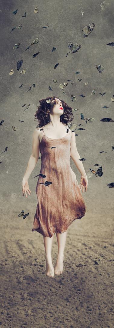 ragazza tra le farfalle ritratto creativo fineart modelbook