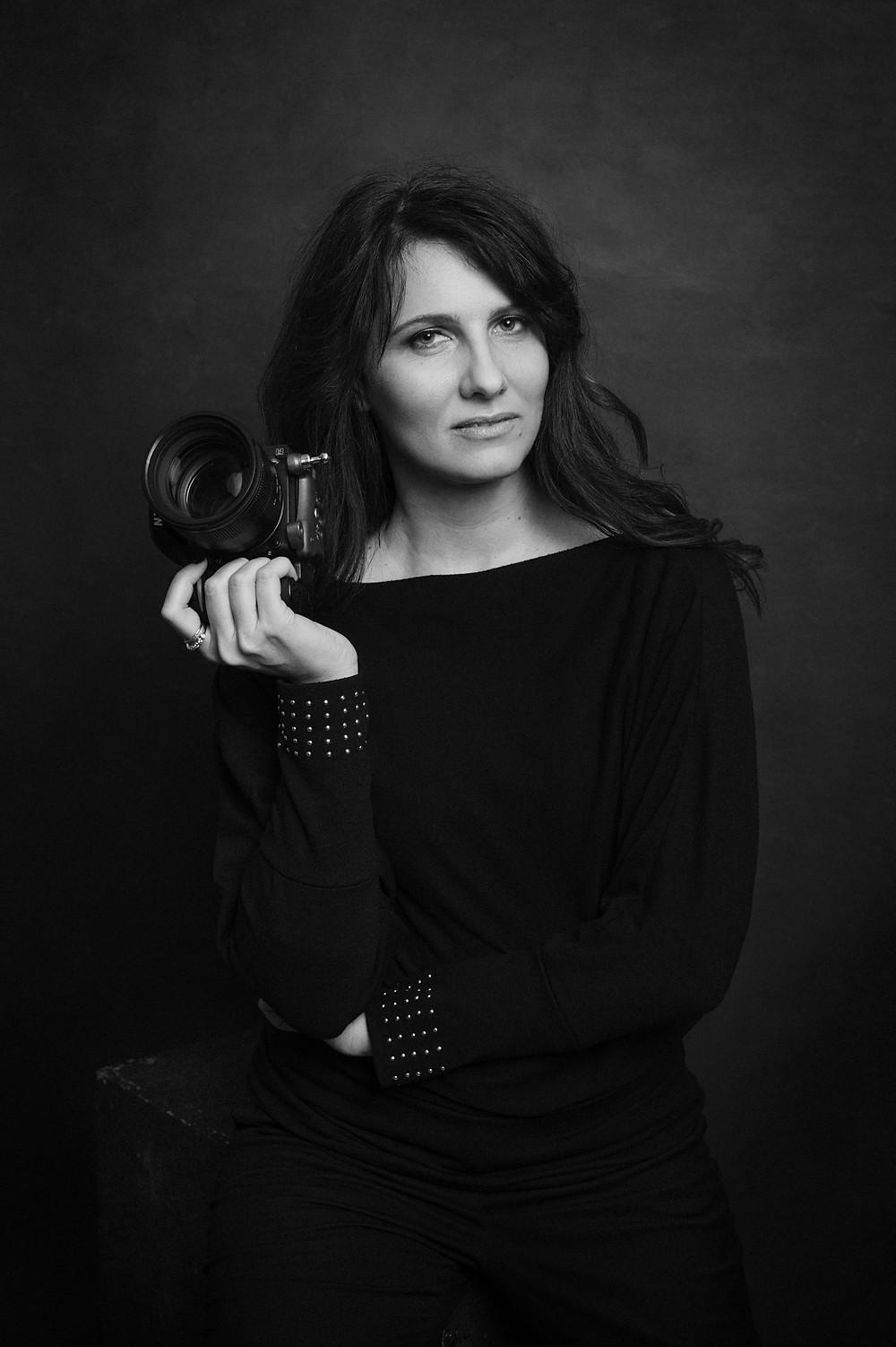 federica nardese fotografa di ritratto milano novara fotografia di ritratto milano business portrait headshots magazine style portraits