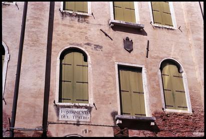 Venice_Fondementa_Del_Treatro.jpg