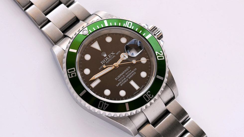 Rolex Submariner Kermit 16610LV Box Papers 2007 Unpolished