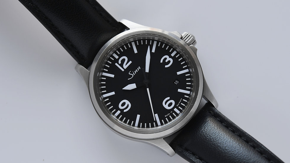 Sinn 556A Sporty Elegant Box Papers 2013 Unworn