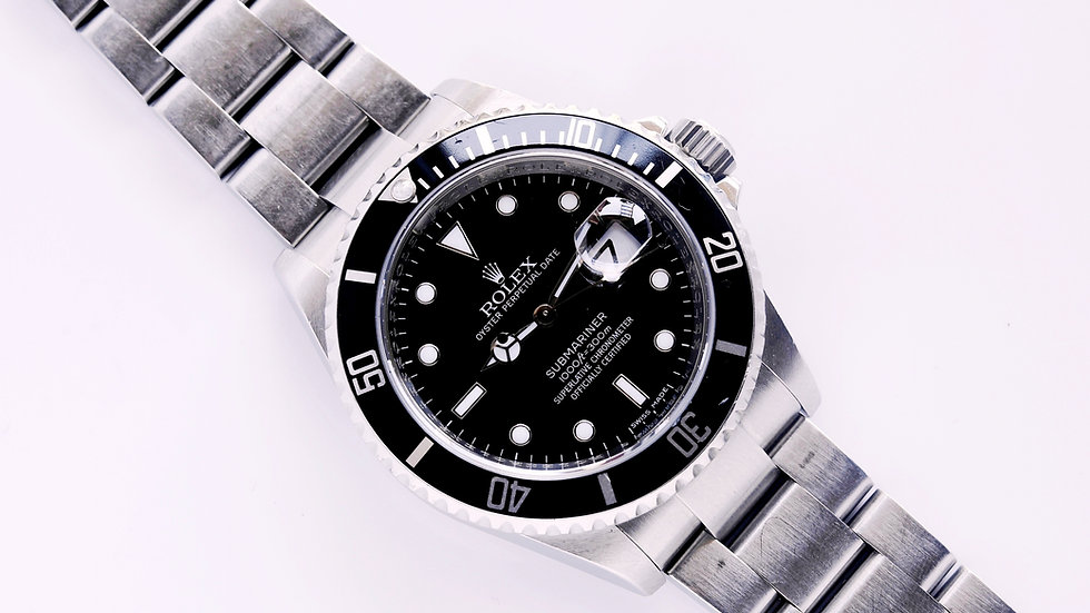 Rolex Submariner 16610 2008 Unpolished with Papers