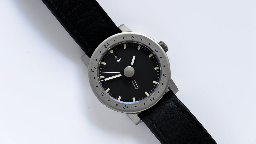 VENTURA V-Matic Automatic GMT Titanium Box Papers