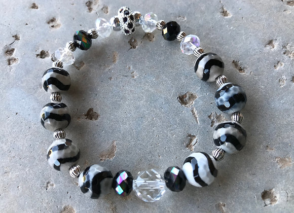 Black and White Striped Agate wwith Crystal Glass Bracelet
