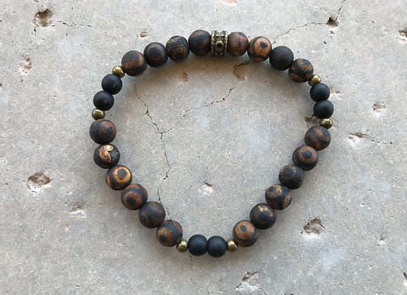 Tibetan Style DZi Agate and Black Onyx Bracelet