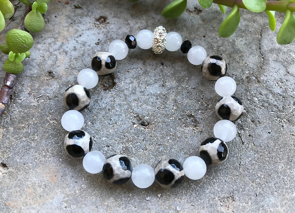 Black and White Spotted Agate with Snow Quartz Bracelet
