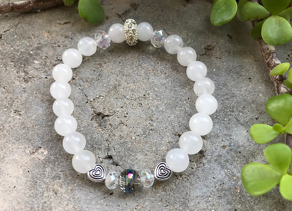 Snow Quartz and Crystal Glass with Hearts Bracelet