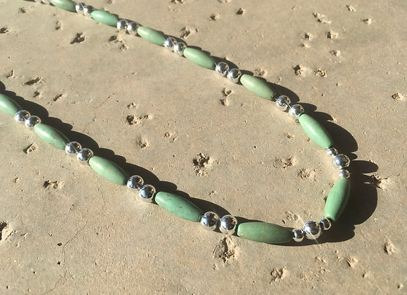 Magnesite and Silvertone Metal Alloy Beads Necklace