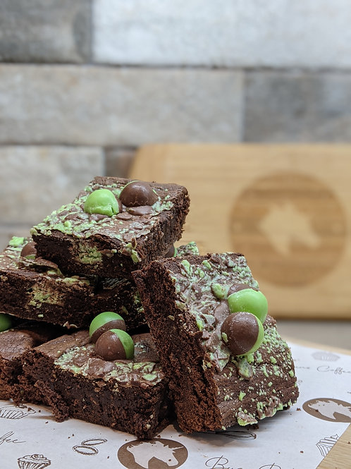 Brownies - Mint Choc Chunk (8 Large pcs)