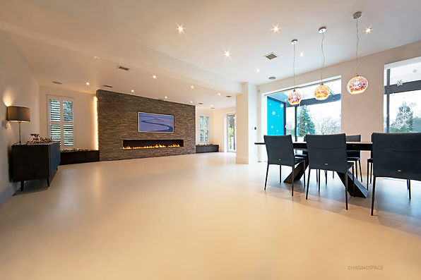 livingroom-resin-floor.jpg