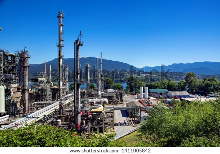 oil-refinery-on-background-nature-600w-1
